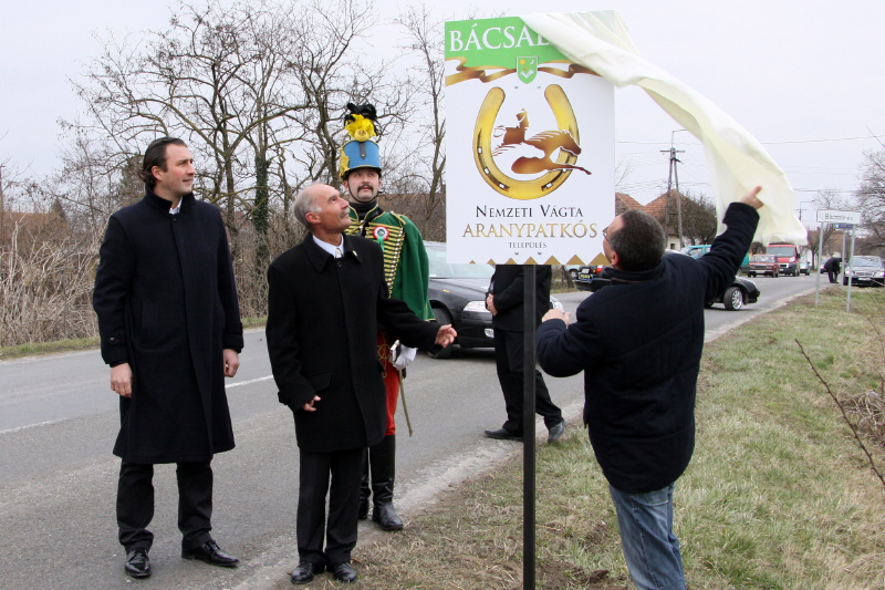 Március 15.-i ünnepi hétvégén hivatalosan is megnyílt a  2010-es Vágtaszezon